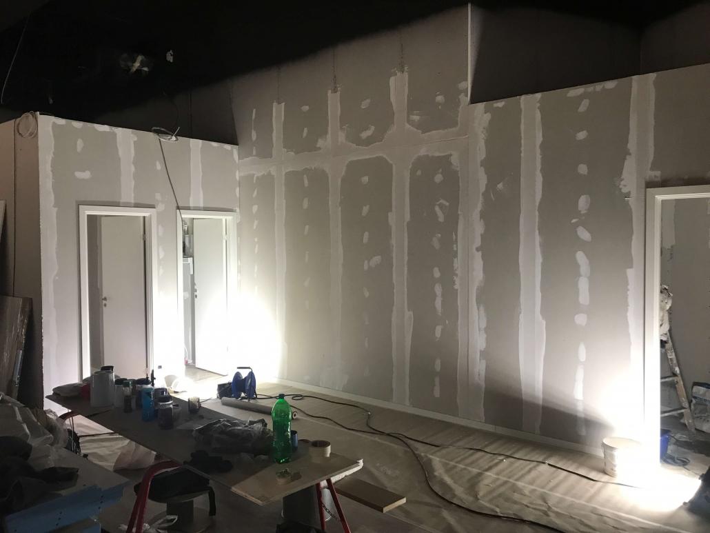 Gipsvægge inden maling påføres