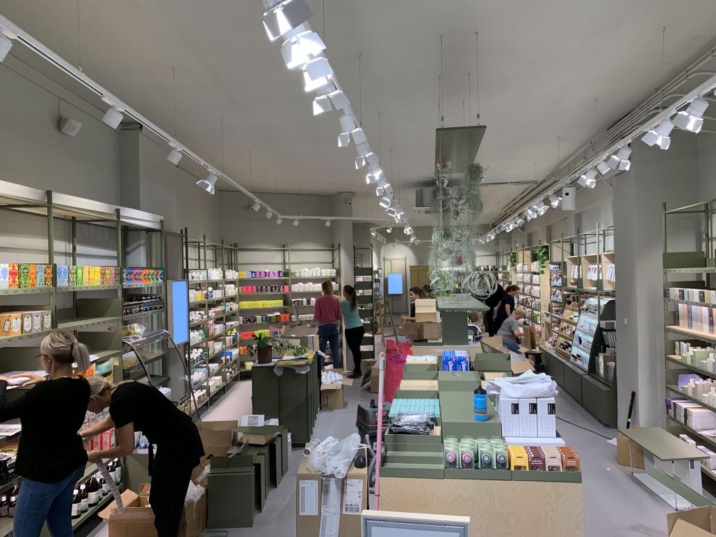Færdigt resultat af en butik med interiør