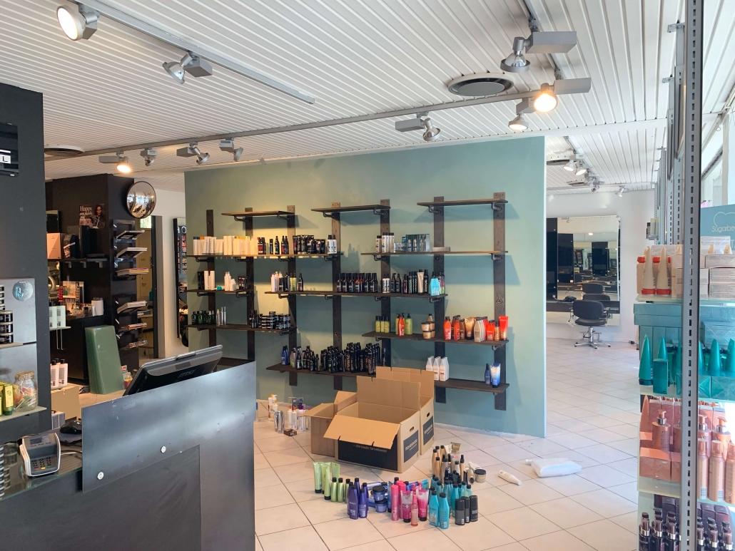 Færdigt resultat af renovering af frisørsalon